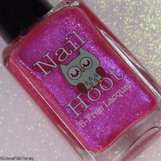 Nail Hoot Winter Rose