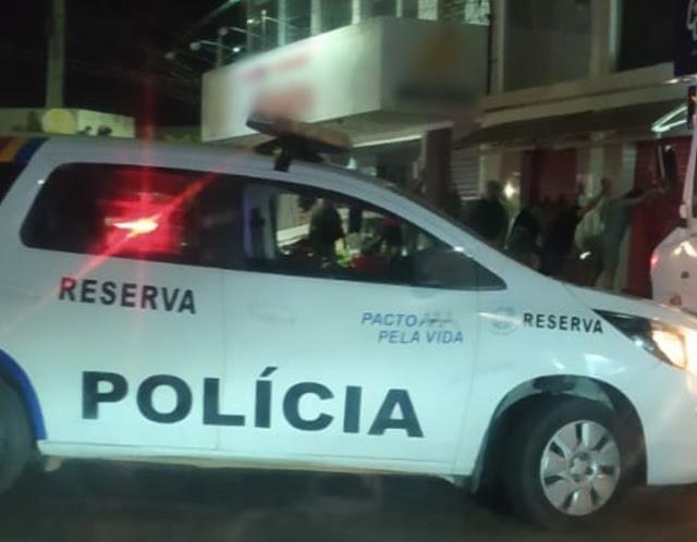 Covid-19: Polícia Militar detém 15 pessoas por aglomeração no Centro de Petrolândia, no Sertão de PE