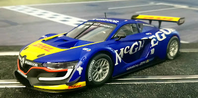 "Renault Sport R.S. 01 ""McGregor"" Scalextric"
