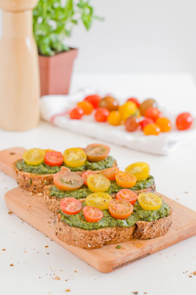 Bruschetta with vegan pesto | danceofstoves.com
