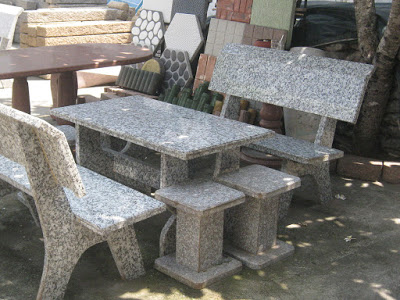 Bàn ghế bằng Đá Hoa Cương - Granite