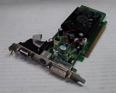 Nvidia GeForce 8300 GSフルドライバーのダウンロード