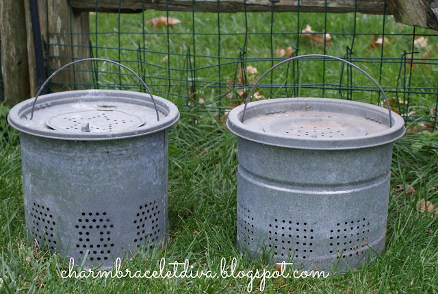 Vintage minnow cans