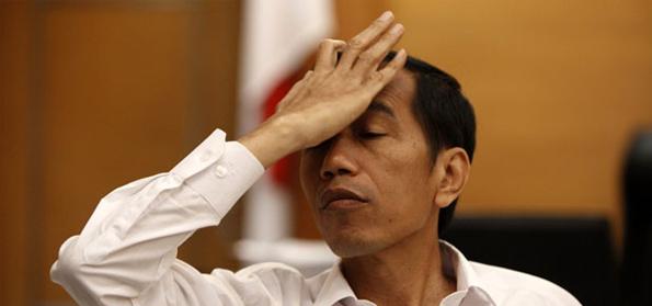 Pak Jokowi aja nepak jidat :v