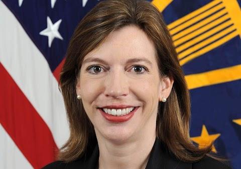 Ő lehet az amerikai szenátus magyar tagja