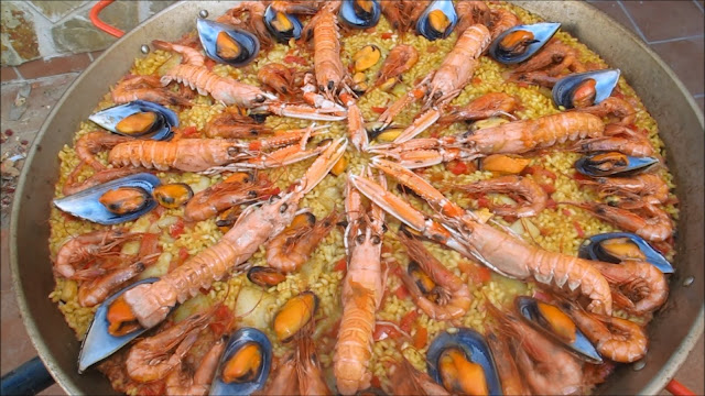 Arroz con marisco (arroz with seafood)