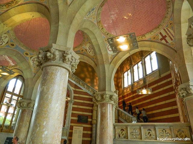 A escadaria do Pavilhão da Administração do Hospital Sant Pau