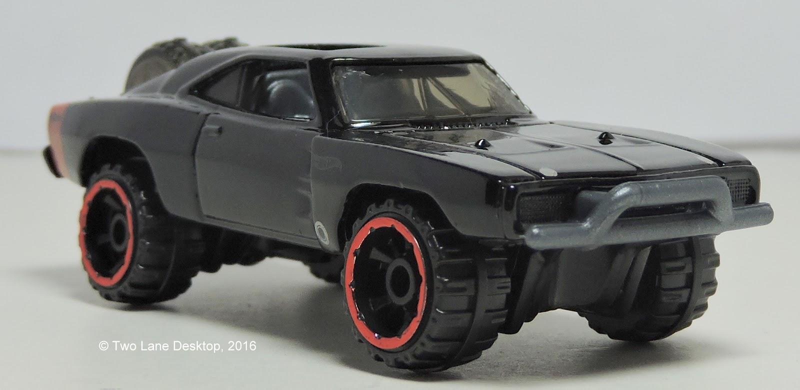 Two Lane Desktop: Hot Wheels