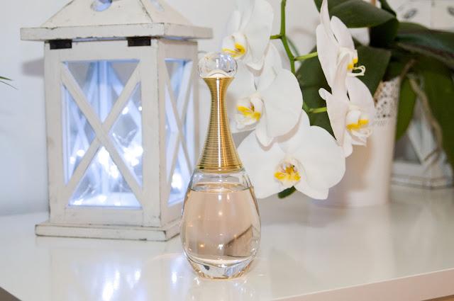 flakon perfum Dior J'adore, jak wygląda oryginał