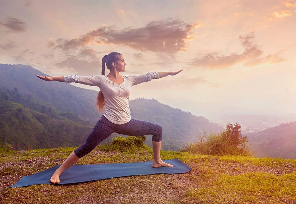 vinyasa-yoga-la-gi.jpg