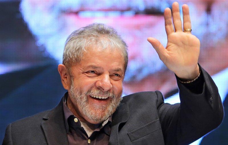 Resultado de imagem para Lula lidera todos os cenários de 1º turno para 2018, diz pesquisa