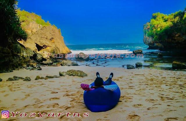 pantai perawan gunungkidul