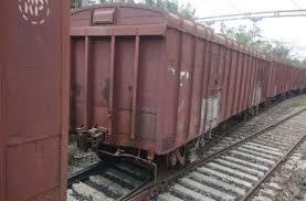 godds-train-derailed-in-sagar-district