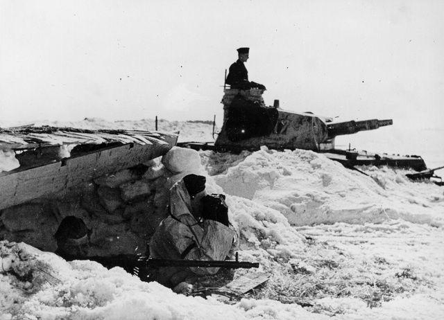 German defensive line in Russia, April 1942 worldwartwo.filminspector.com