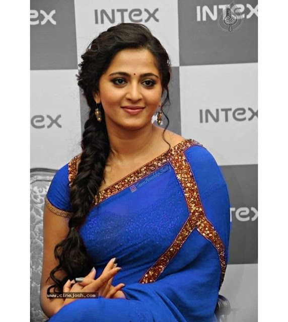 Anushka Shetty Very Hot in Blue Saree Photo Collection Actress Trend