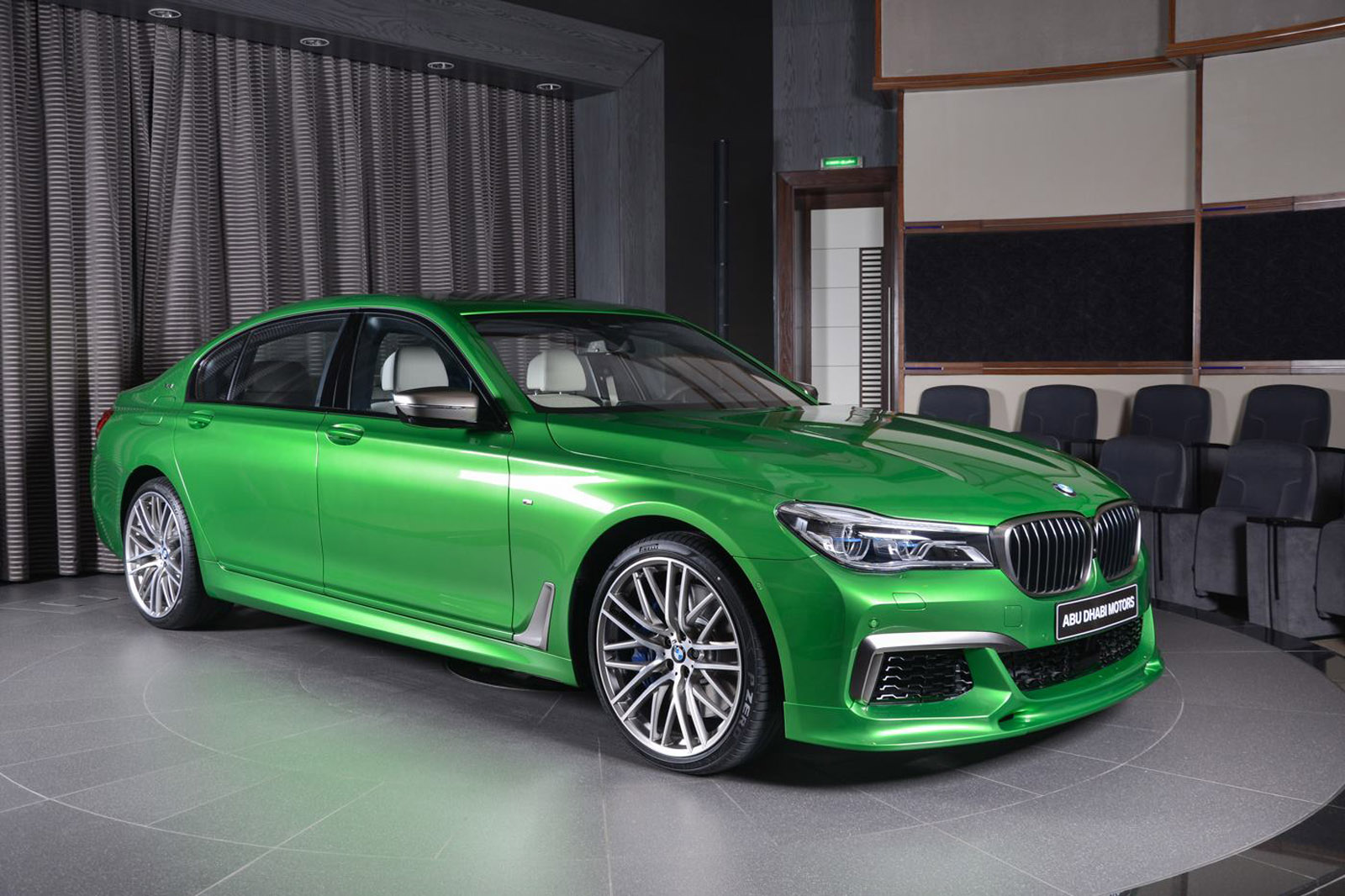 BMW M760Li Stands Out In Rallye Green
