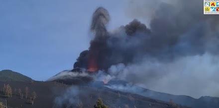 Ε. Λέκκας: Σε απόσταση βολής από τη μεγάλη έκρηξη του Cumbre Vieja [video]
