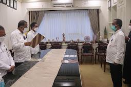 Richard Louhenapessy Lantik Fahmi Salatalohy Sebagai Asisten II Kota Ambon