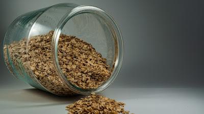 القيمة الغذائية للشوفان لكل 100 جرام