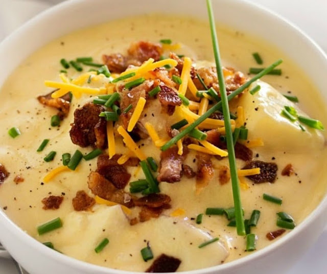 Copycat Loaded Baked Potato Soup