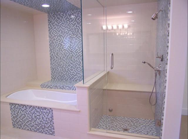 menata kamar mandi sempit