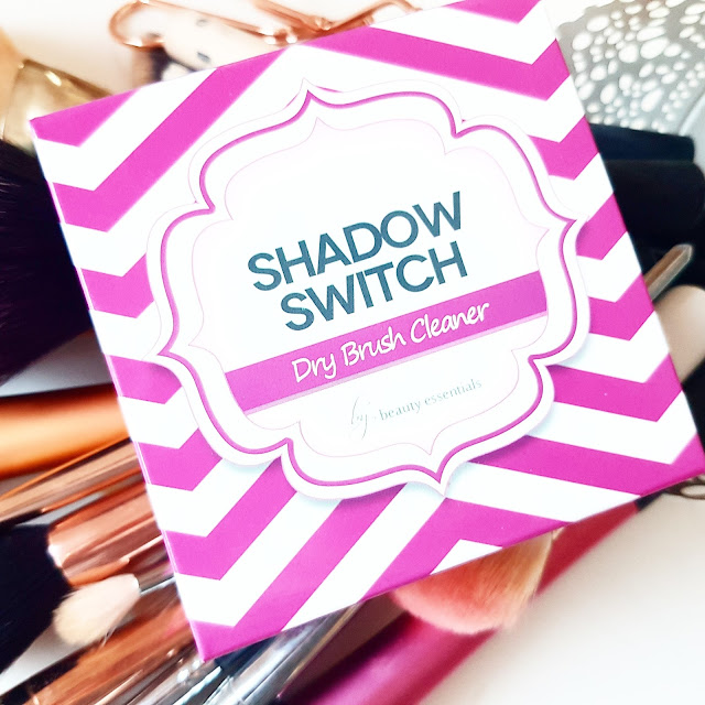 The Shadow Switch Dry Brush Cleaner