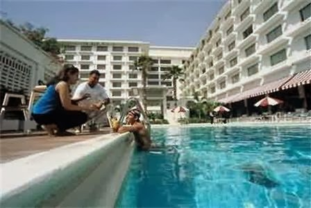 Pc hotel lahore details pakistani politics news world - Swimming pool in bahria town lahore ...
