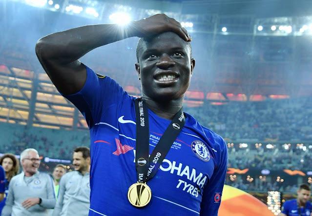 كانتى والميدالية الذهبية لدورى أبطال أوروبا 2021