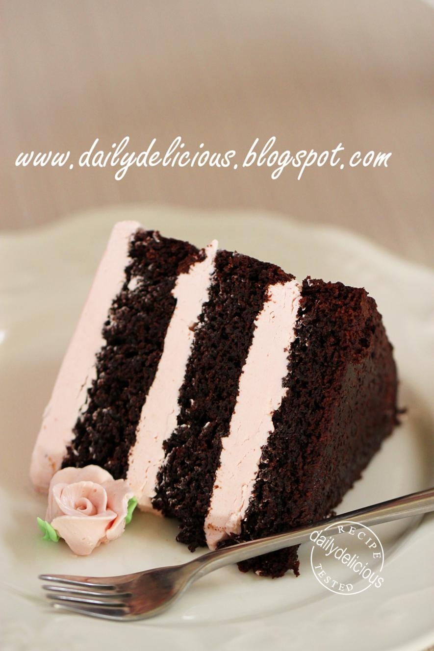 dailydelicious: Double chocolate cake with raspberry ...