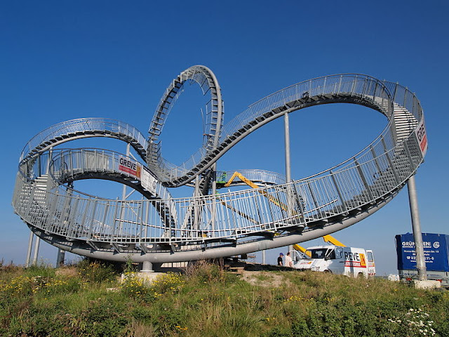 ed9fec3be0a17 But do look and function more like human roller coaster. I also wonder how  you going to walk around the loop?