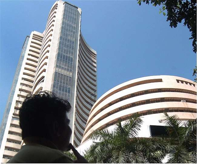 Stock Market Closes For Fourth Consecutive Session; Sensex Rises 296 Points: Metal, Pharma Stocks Continue To Rise