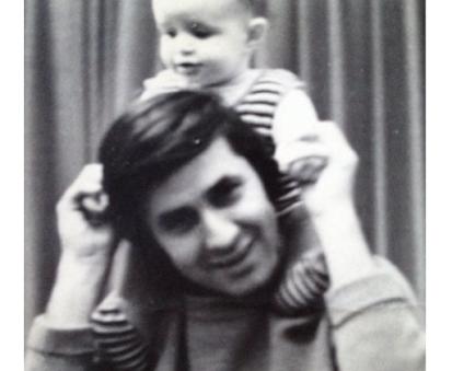 Η Ξένια Κουναλάκη για τον πατέρα της