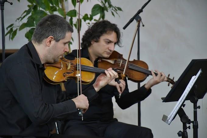Hat koncertet adnak a szolnoki szimfonikusok a Parti-túra fesztiválon