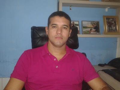 Resultado de imagem para foto de magno Chaves