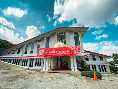 Istana Kuliner Restaurant, bandungan tampak depan