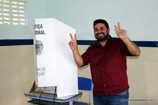 Hélio dos Terrenos, do PTB, é eleito prefeito de Belo Jardim nas eleições suplementares