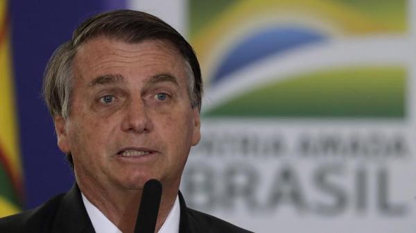"""الرئيس البرازيلي: إذا حولكم لقاح """"فايزر"""" إلى تماسيح وجعل """"اللحى تنبت لدى النساء"""" فهذه مشكلتكم"""