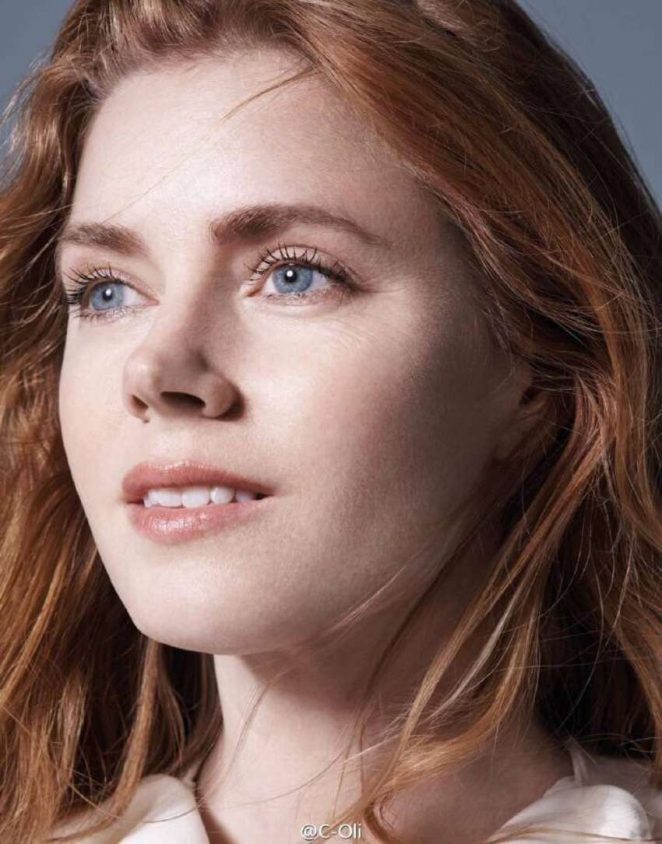 amy adams sexy pics in elle magazine 02