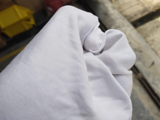 giẻ lau trắng không bụi thành phần polyester cao