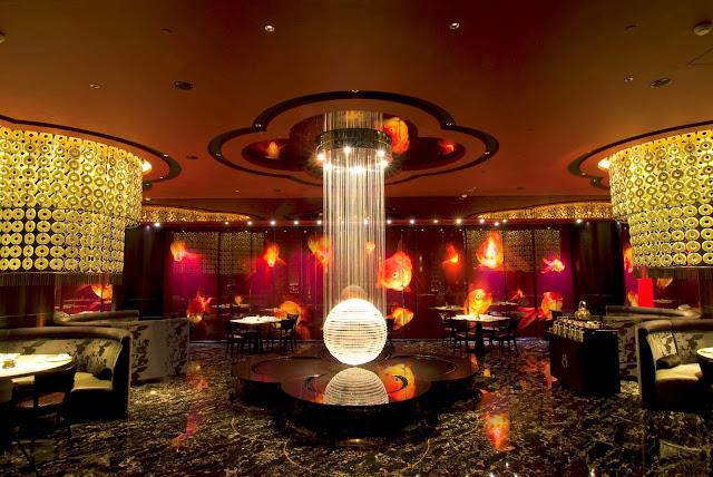 the 8 restaurant grand lisboa hotel macau hungry hong kong. Black Bedroom Furniture Sets. Home Design Ideas