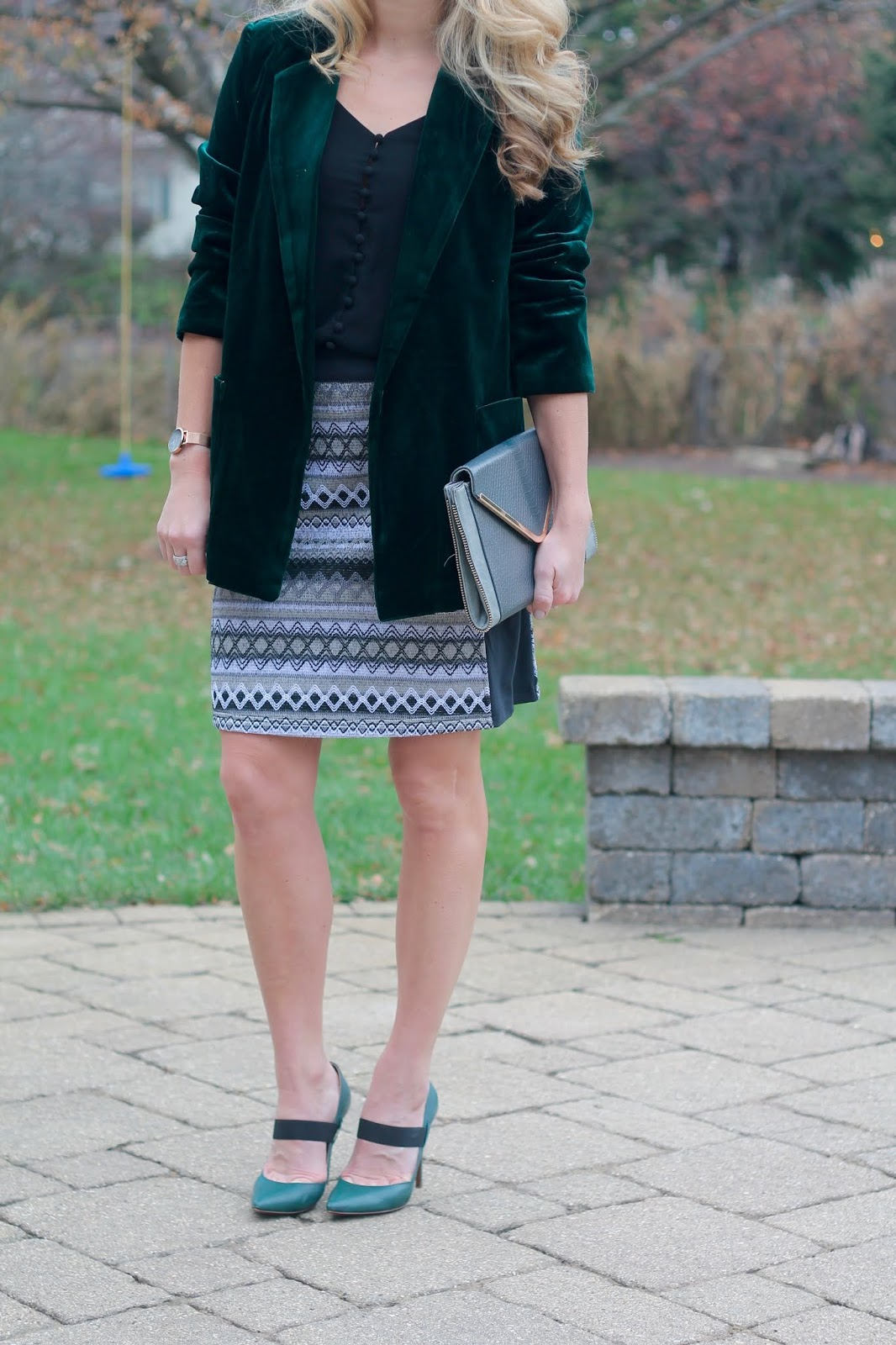 green velvet blazer, holiday outfits, aventura jacquard skirt, black button up cami, grey envelope clutch, starking watch review, giveaway, cotton underwear