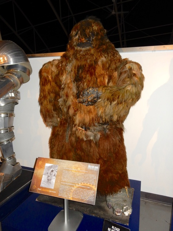 Doctor Who Yeti costume