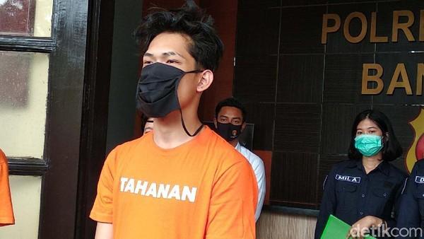 Balada Ferdian Paleka Nge-Prank Waria Berujung Dipenjara