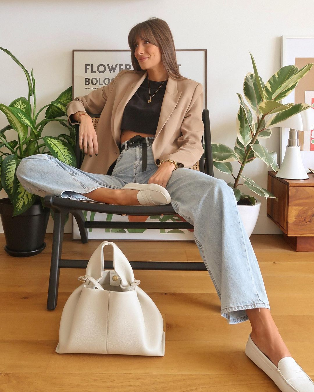 16 Pairs of Loafers and Flats That You Can Wear Forever — @juliesfi Instagram Outfit Idea