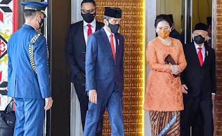 Gegara Omnibus Law, Jokowi dan Puan Diberi Gelar Penjahat Konstitusi