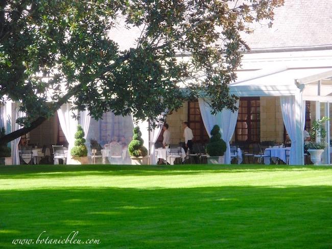 l-orangerie-restaurant-château-chenonceau-exterior