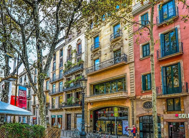 من احد اهم معالم مدينة برشلونة