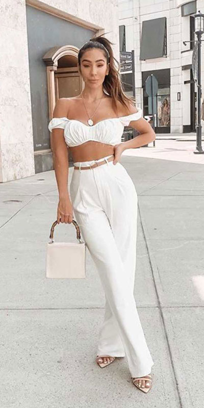 Take a look at these 28 Summer Outfits that Are Big on Style Low on Effort via higiggle.com - #summeroutfits