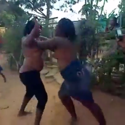 naked girl sex fight