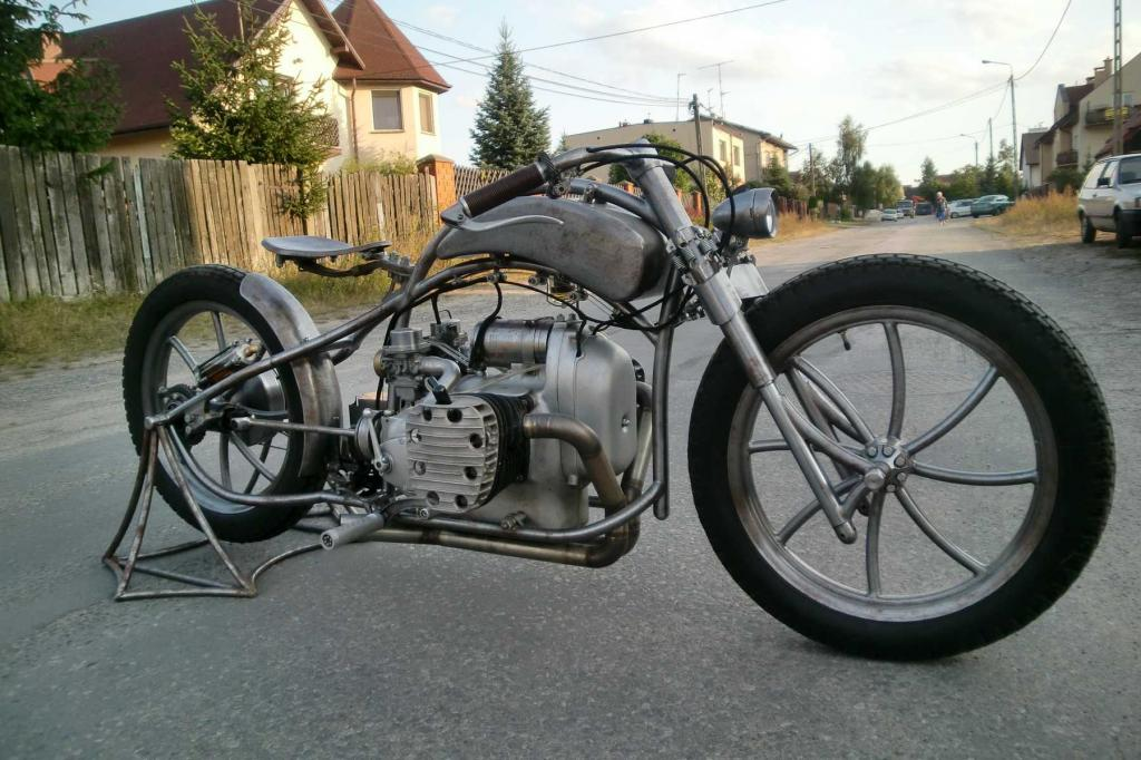 a nice custom bike made from a M-72